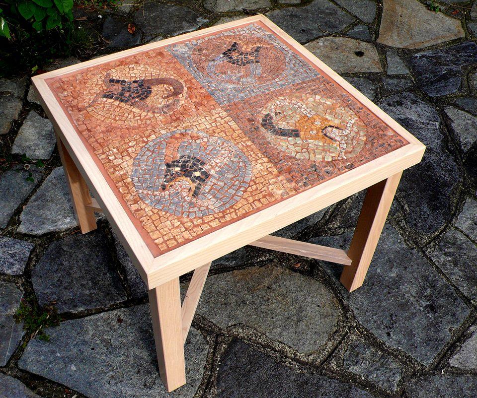 4 piccoli diavoli tavolo mosaico table mosaic tenaglia impazzita - Tavolo fai da te in legno ...